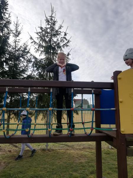 Ferie z wychowawcą podwórkowym- Niewodniki 17 luty 2020 r.