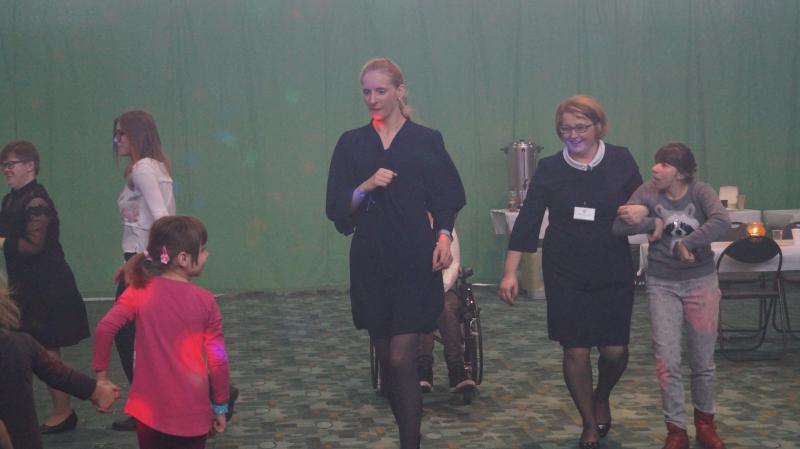 Hej, zabawa, zabawa !!!  Obchody Międzynarodowego Dnia Osób Niepełnosprawnych