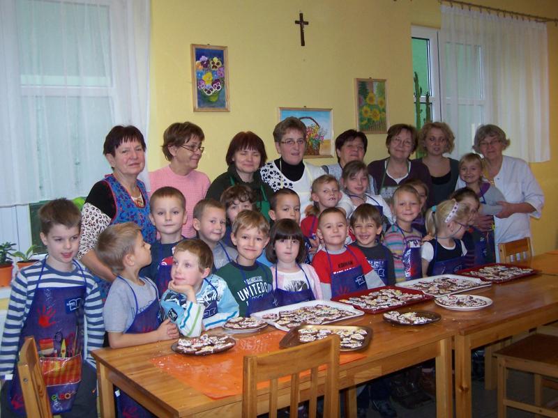 Rok 2012 ustanowiony Europejskim Rokiem Aktywności Osób Starszych i Solidarności Międzypokoleniowej.