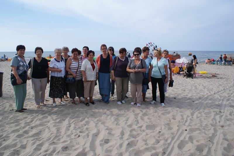 Letni wypoczynek seniorów DDP nad morzem w Rewalu.