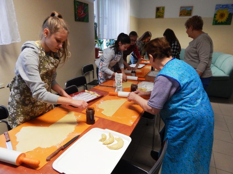 Andrzejki w Gminnym Centrum Pomocy Środowiskowej