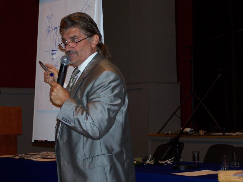 Inauguracja Roku Akademickiego  2011/2012 Grodziskiego Uniwersytetu III Wieku.
