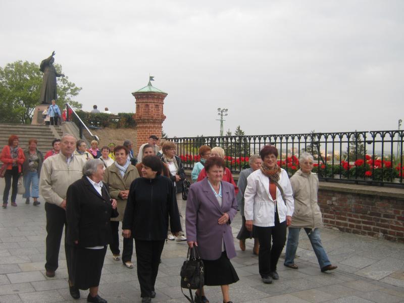 Wyjazd seniorów z Domu Dziennego Pobytu w Grodzisku Wielkopolskim na Jasna Górę  w dniu 5-6.10.2011r.
