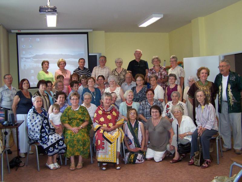 Seniorzy z Domu Dziennego Pobytu Promessa na spotkaniu z Tanzanią