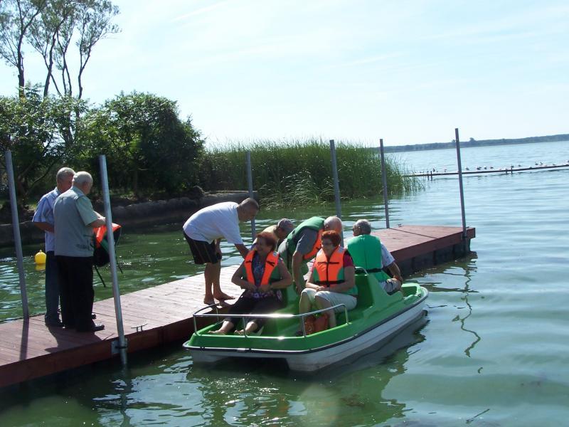 Integracja międzypokoleniowa nad jeziorem w Zbąszyniu