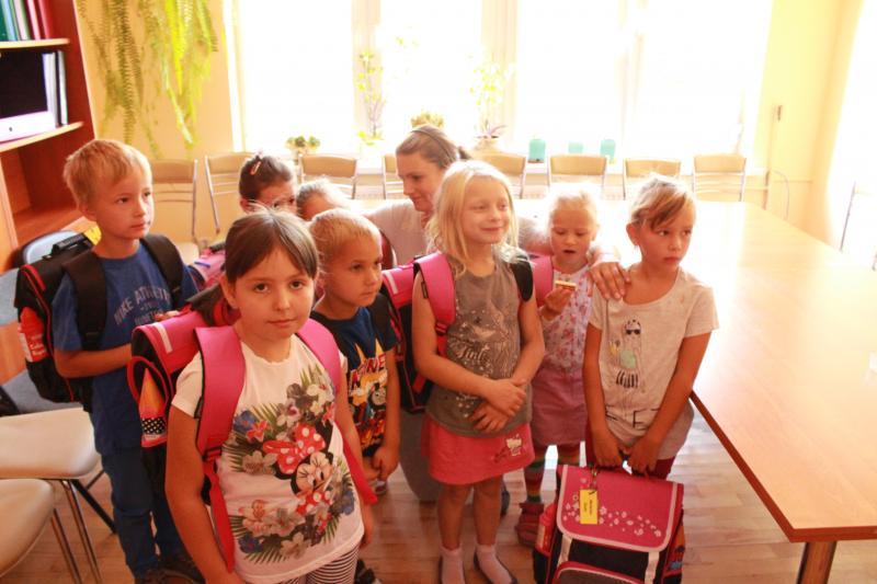 Dzieci z gminy Kobierzyce otrzymały Tornister pełen uśmiechów
