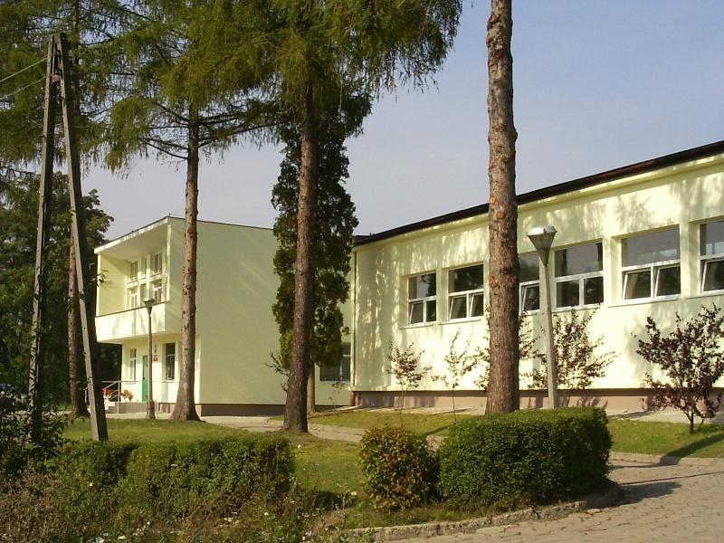 Szkoła Podstawowa im. 600-lecia Uniwersytetu Jagiellońskiego w Luborzycy z/s w Wysiołku Luborzyckim