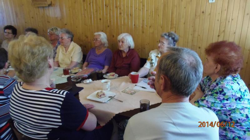 Wizyta policjanta w Klubie Seniora w Krzywiniu pn. Spokojna Przystań w Krzywiniu