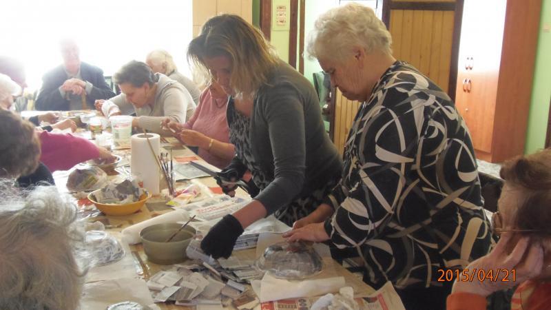 Warsztatowo w Klubie Seniora w Krzywiniu