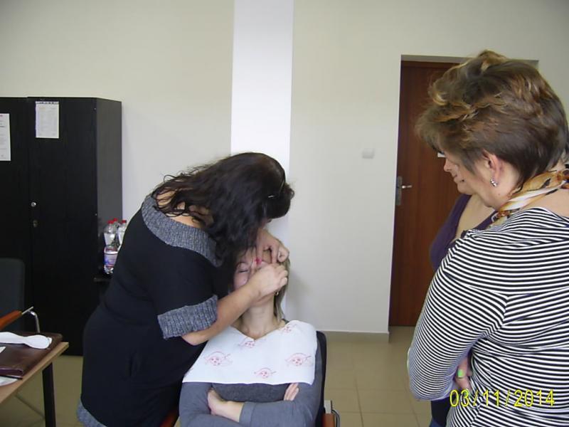 Kurs zawodowy Wizaż z pielęgnacją dłoni i paznokci