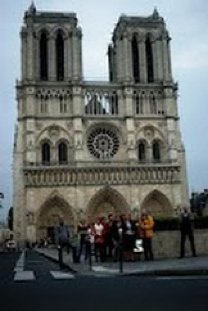 na tle Notre Dame