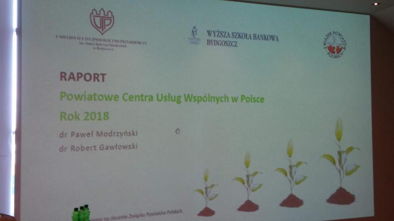 XIII Ogólnopolskie Forum Powiatowych Centrów Pomocy Rodzinie i Miejskich Ośrodków Pomocy Rodzinie w Busku-Zdroju.